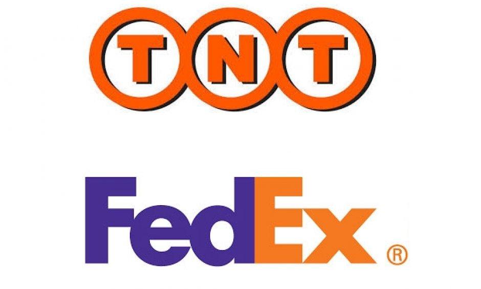 We shiip worldwide using Fedex/TNT