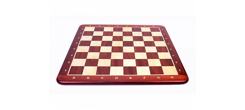 Wood chess board with round corners